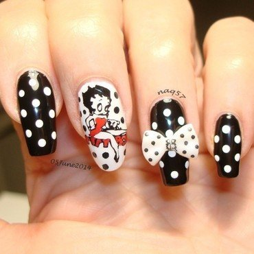 Classic Betty Boop nail art by Nora (naq57)