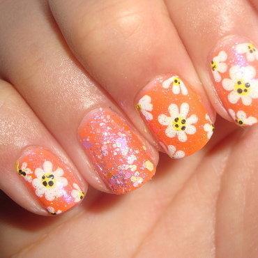 Daisy nail art nail art by Jessica
