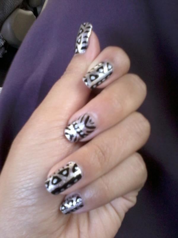 Aztec Nail Art nail art by Haniya Sajid