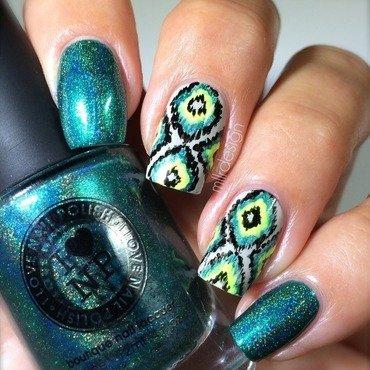 Ikat nail art by Maja Sevelius