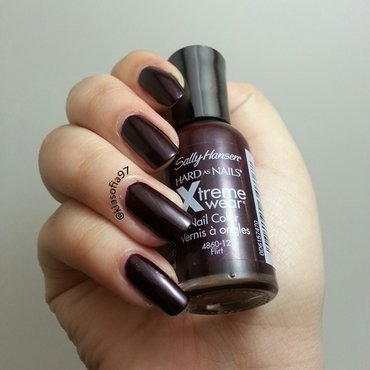 Sally Hansen Flirt Swatch by Christina (@kiasofia97)