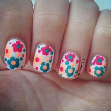 Flowers nail art by  Faye
