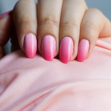 Victoria's Secret Pink Gradient/Ombre Nails nail art by Michelle