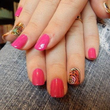 Maddness nail art by aimeemangano
