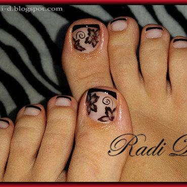 My toes nail art by Radi Dimitrova