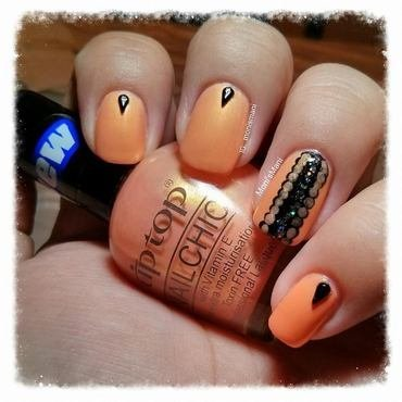 Tip top bits and peaches nail art thumb370f
