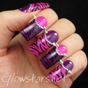 No incantation now will save us nail art by Vic 'Glowstars' Pires