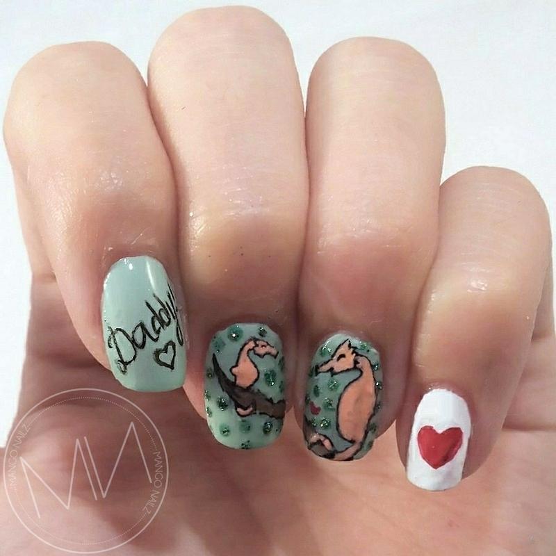 Seahorse love nail art by Mango Nailz