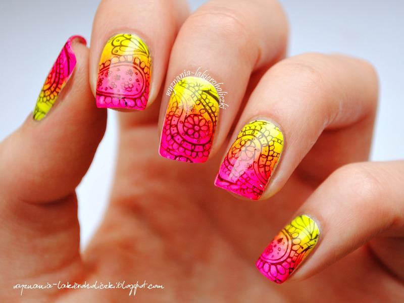 Neon paisley nail art by Olaa