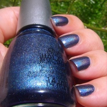 China Glaze Strap on your Moonboots Swatch by Dora Cristina Fernandes
