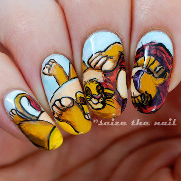 Simba & Mufasa nail art by Bella Seizethenail