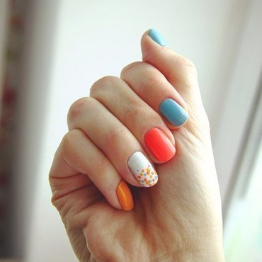 summer nail art by Anna Sharova