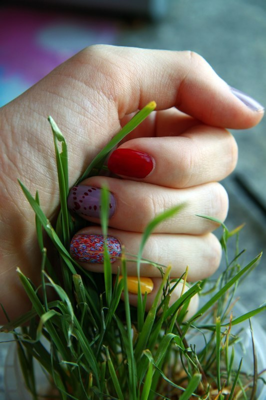 spring nail art by Anna Sharova