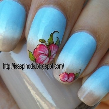 Gradient Beach & Hibiscus! (KkCenterHk) nail art by Isabel