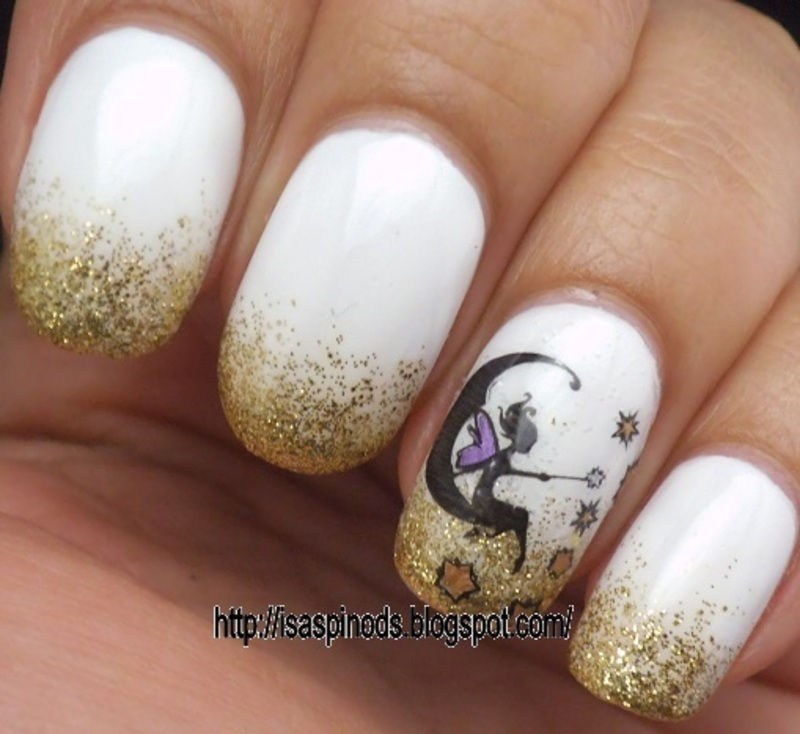 Gradient White&Gold! nail art by Isabel