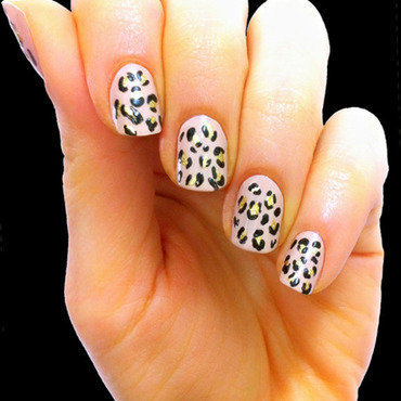 Leopard nails2 thumb370f