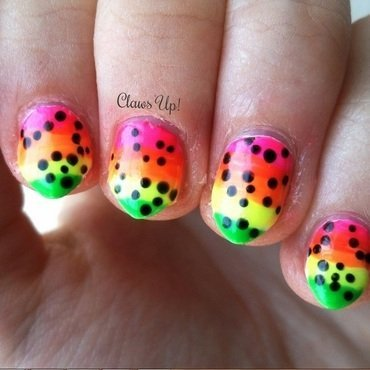 Bb neon nails thumb370f