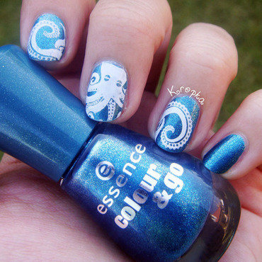 Release the kraken! nail art by Zosia