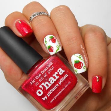 Nail art fraises picture polish o hara 5 c thumb370f