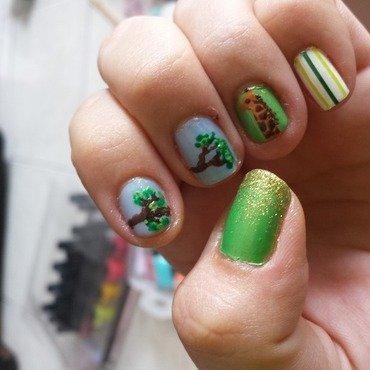 nature nail art by LizzieNobrega