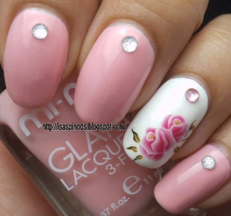 Rosas Delicadas. nail art by Isabel