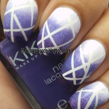 Mosaico en Degrade Morado nail art by Isabel