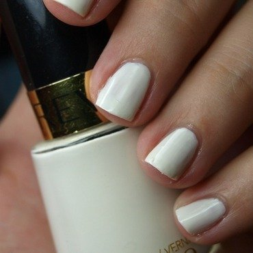 Revlon 050 White O White Swatch by MartaRuso