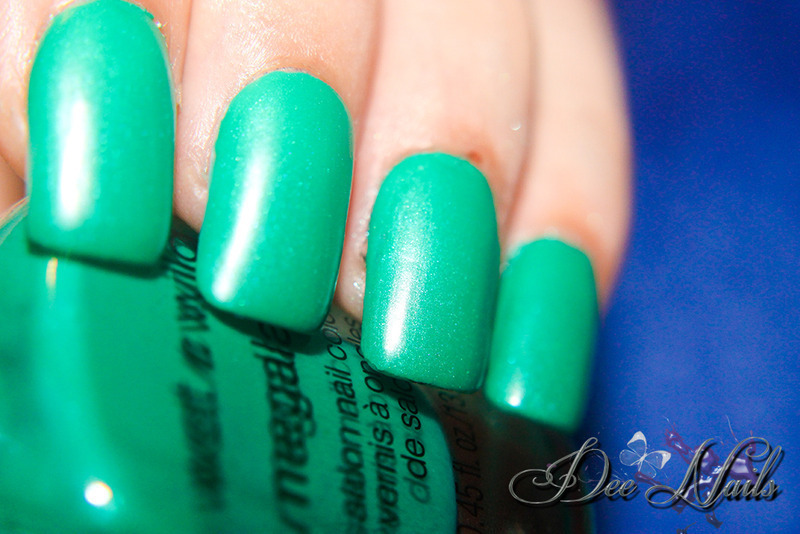 Wet n Wild tahitian pearl Swatch by Diana Livesay