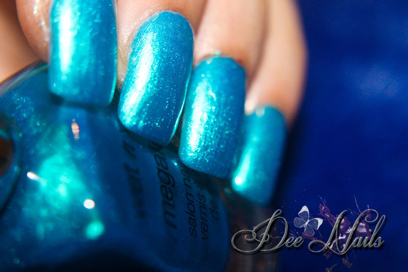 Wet n Wild blue visionary Swatch by Diana Livesay