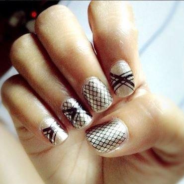Black&Gold nail art by Joni Lynne