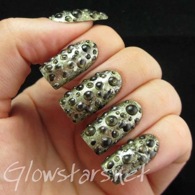 The Digit-al Dozen Does Metal: Molten Metal Foam nail art by Vic 'Glowstars' Pires