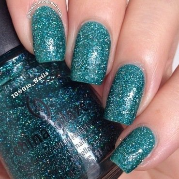 China Glaze Atlantis Swatch by Giovanna - GioNails
