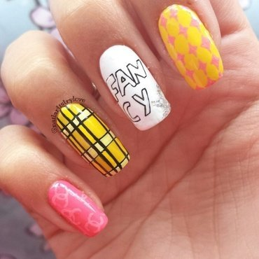 Fancy nail art by Julia