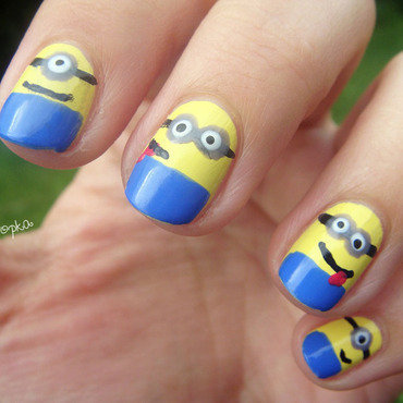 Minions!  nail art by Zosia