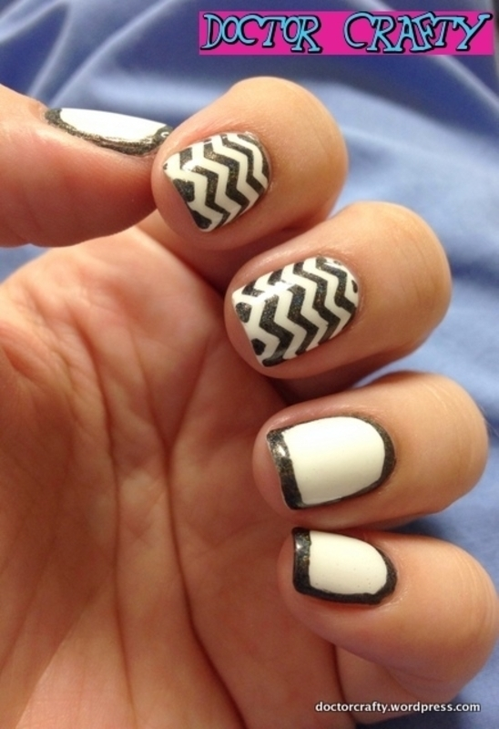 Black and White Chevrons, Outlining nail art by Nicole