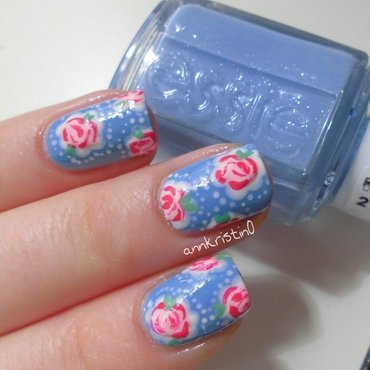 Close Up Vintage Flowers nail art by Ann-Kristin