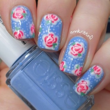 Vintage Flowers Bikini so Teeny nail art by Ann-Kristin