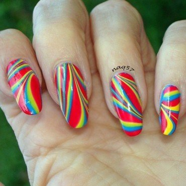 Festive Watermarble nail art by Nora (naq57)