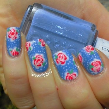 Vintage Flowers Bikini so Teeny #3 nail art by Ann-Kristin