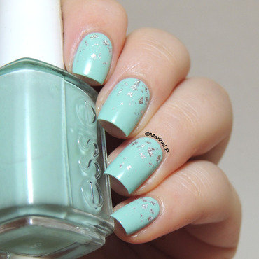Silver flakes over mint candy apple 20 9  thumb370f