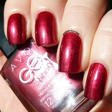 Avon Red Velvet Swatch by Ewlyn
