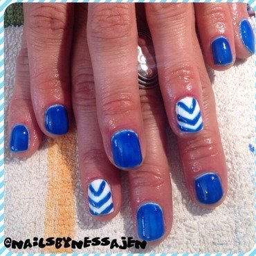 Fourth Chevron nail art by Vanessa Jenelle