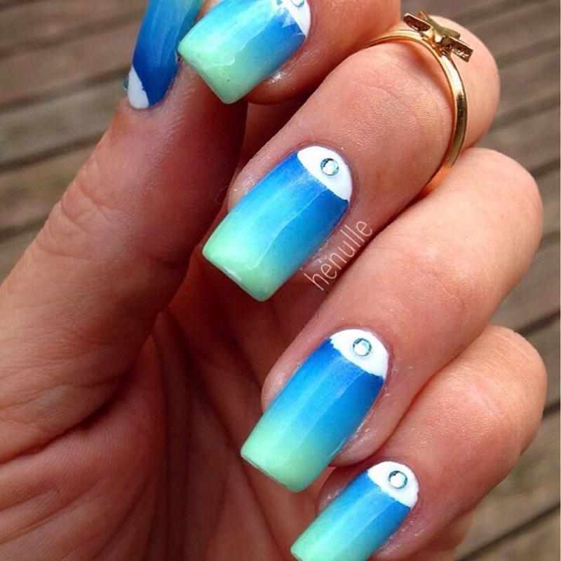 Halfmoon gradient with swarovski  nail art by Henulle