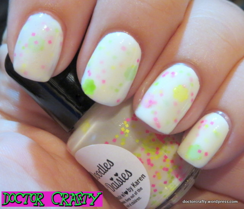 Sincerely Polish Doodles & Daisies Swatch by Nicole