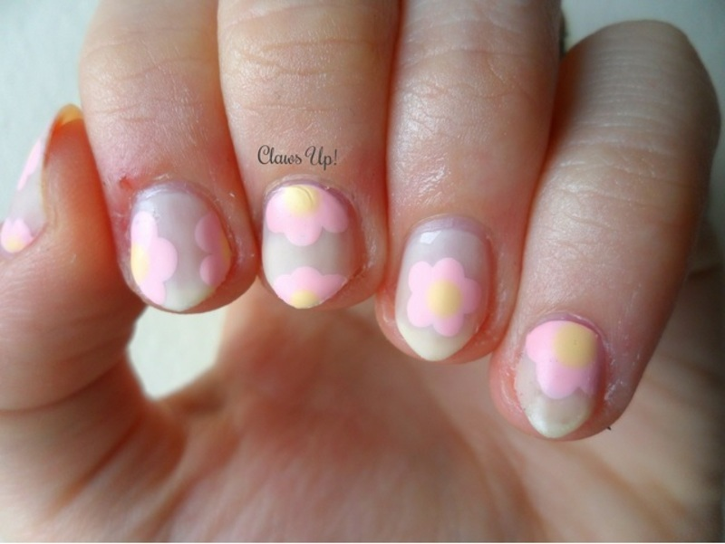 Delicate Flowers nail art by Jacquie