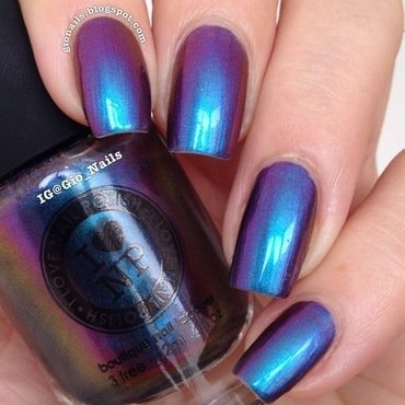 ILNP birefringence Swatch by Giovanna - GioNails