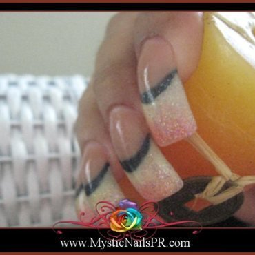 Acrylic Gradient! ♥ by Jennifer Perez nail art by Jennifer Perez ♥ Mystic Nails