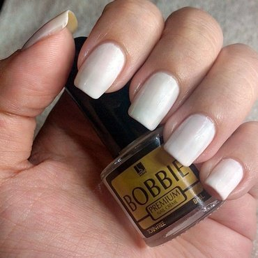 Bobbie Pure White Swatch by Judy Ann Chio