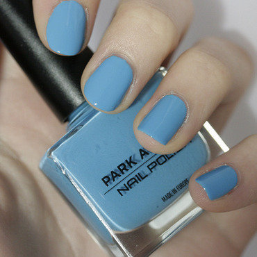 Park Avenue Crystal Blue Swatch by NerdyFleurty