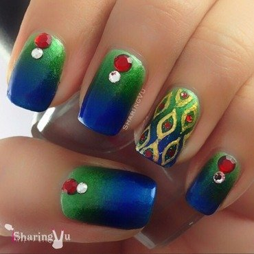 Peacock 💙💚❤️💚💙 nail art by SharingVu